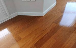 Terminaciones, Pulido, plastificado, hidrolaqueado de pisos de madera - La Casa del Parquet